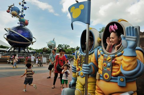 Disney's Hong Kong Theme Park Finally Turns a Profit
