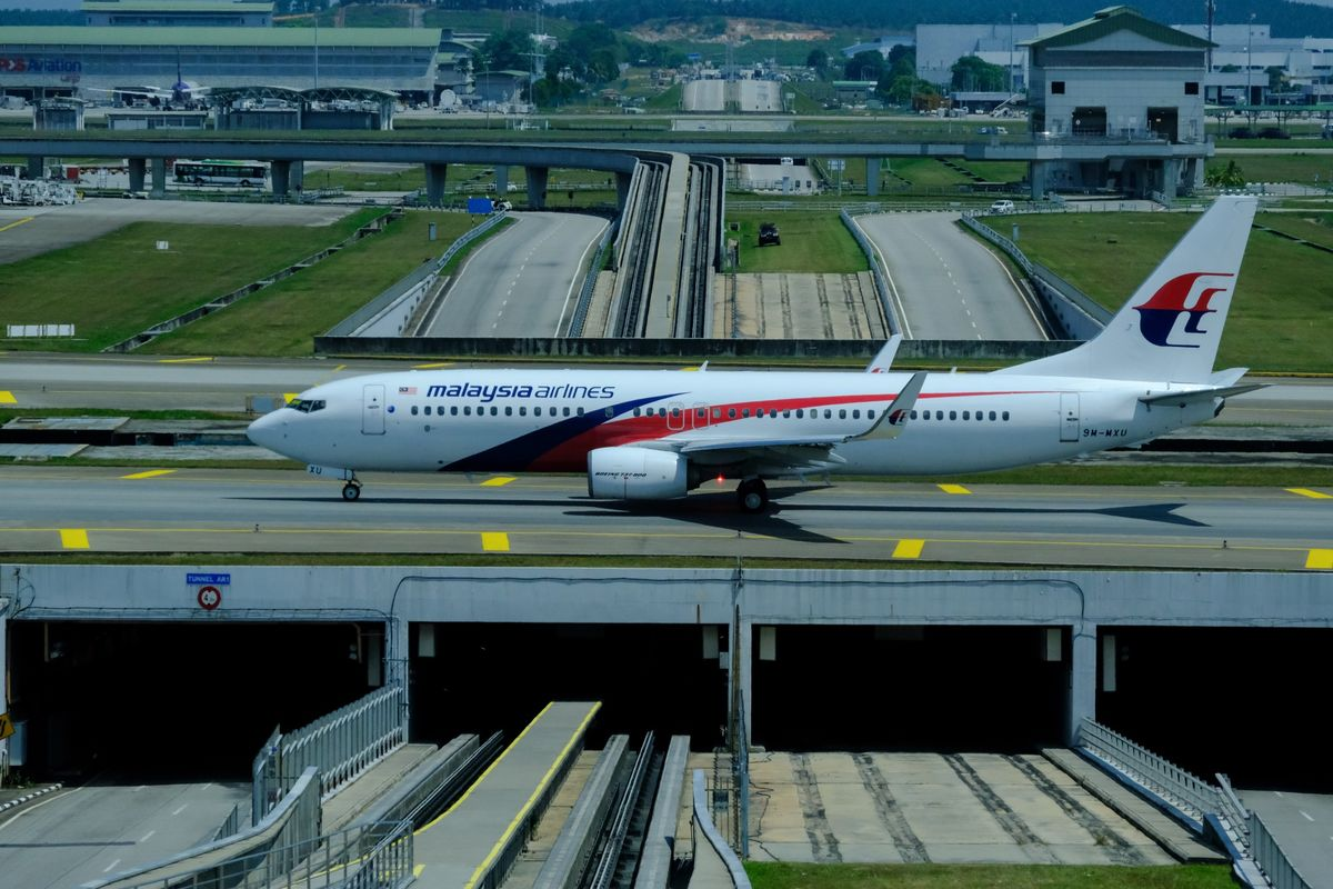 Malaysia Airlines Says Travel Demand to Stay Weak Until 2023 - Bloomberg