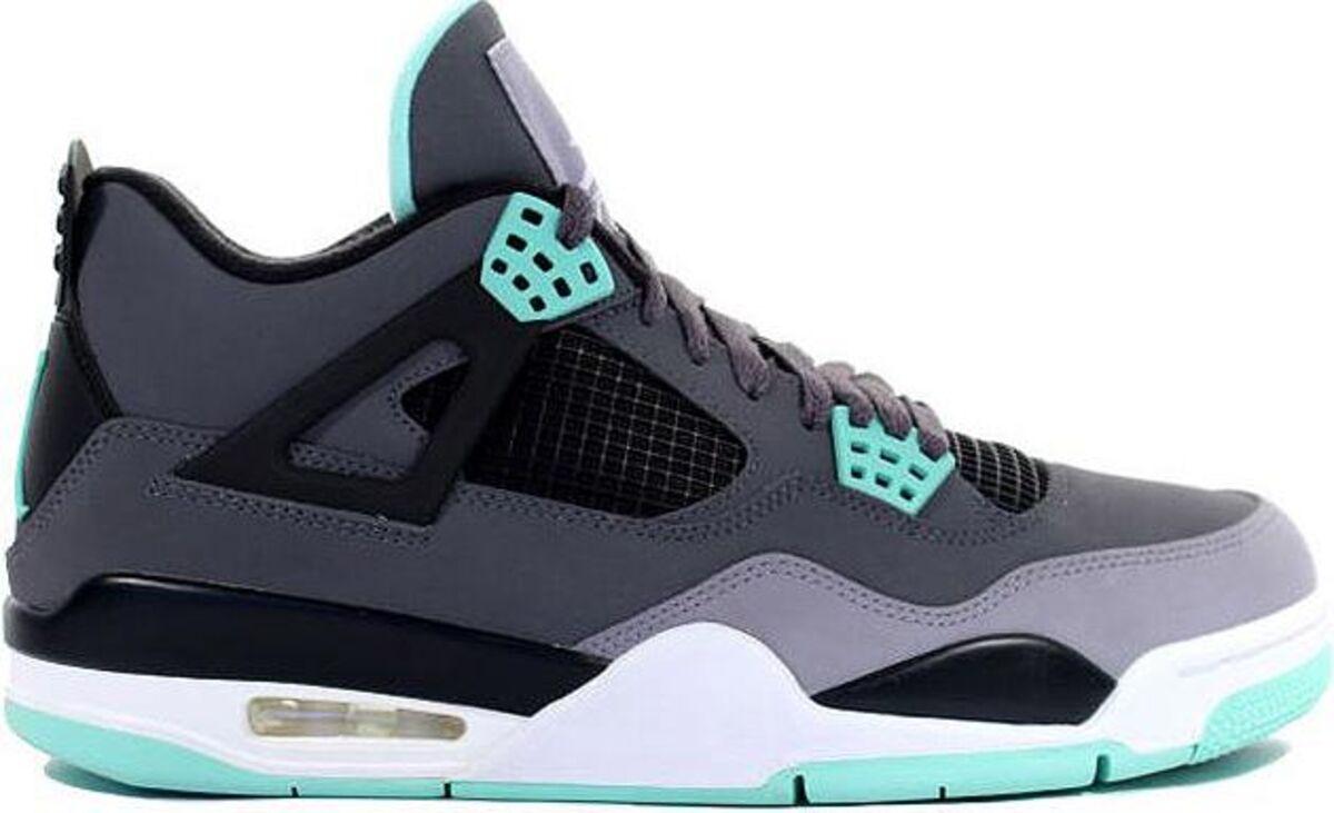 8b70b461bbb8db The 25 Best-Selling Air Jordans - Bloomberg