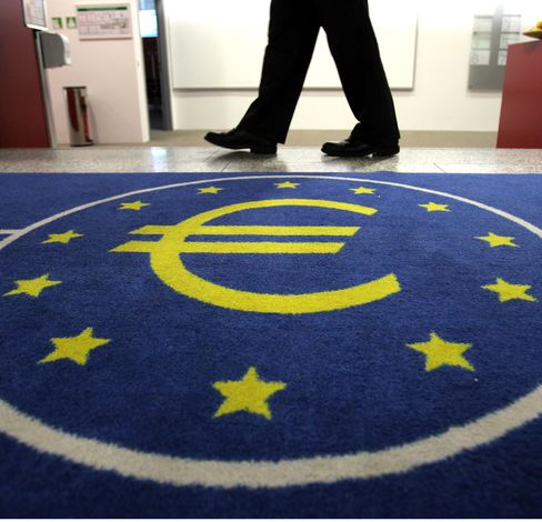 The euro fell as much as 1.8 percent