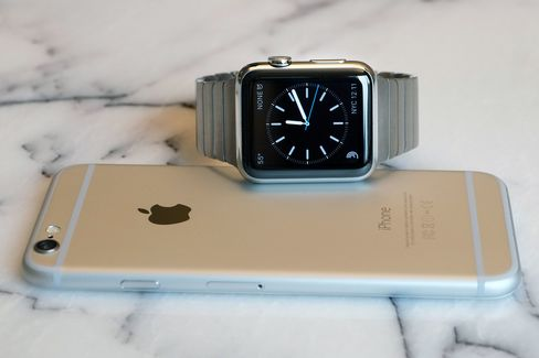 Remember to use your iPhone when it's easier. Fumbling with the Apple Watch isn't cool.