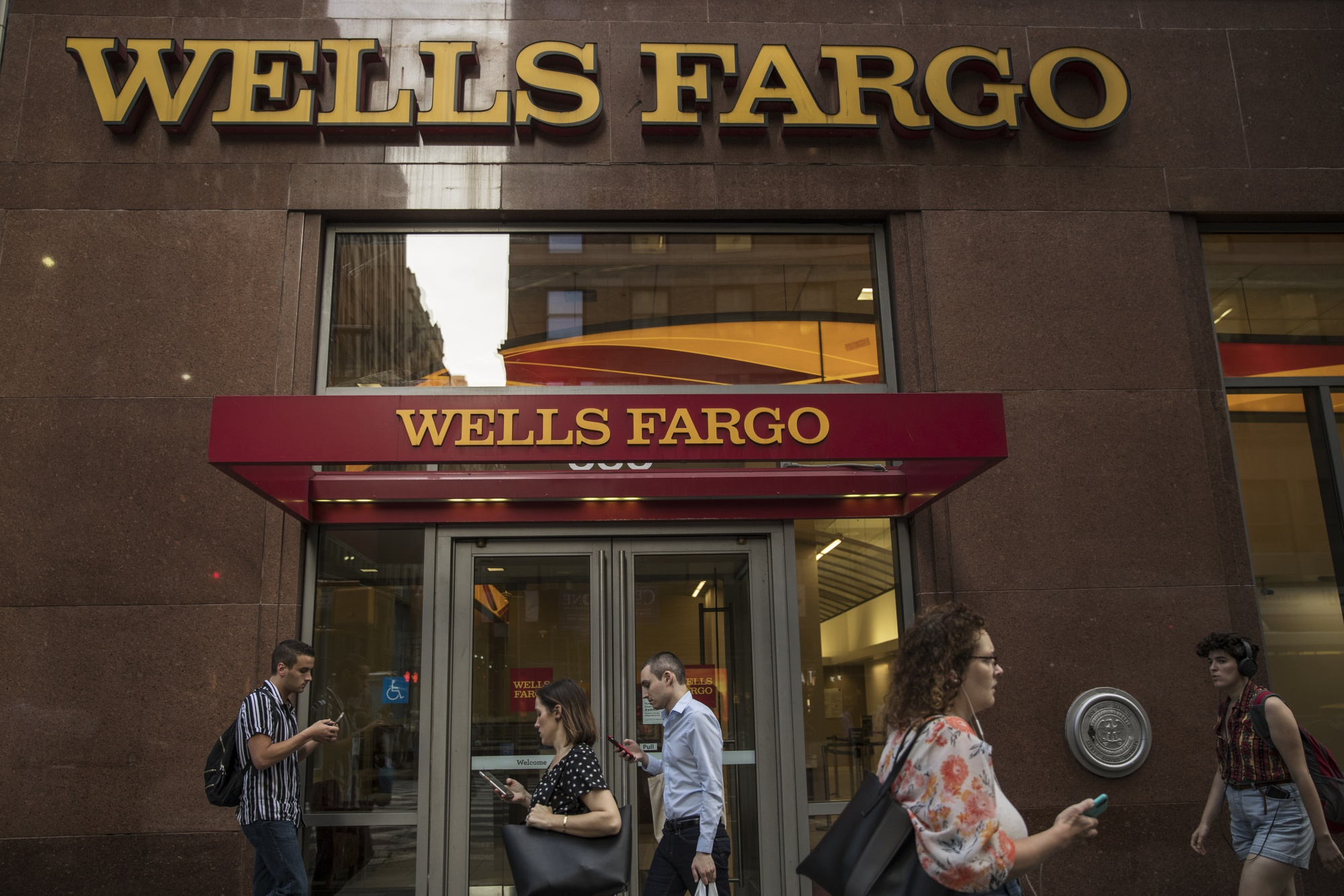 Wells Fargo Wfc Strikes Deal With
