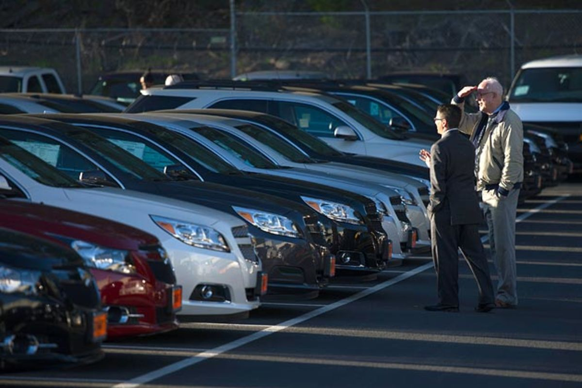 American Automobile Glut? Unsold Cars Are Piling Up - Bloomberg