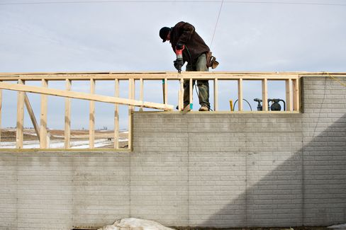 Sales of New U.S. Homes Dropped More Than Forecast