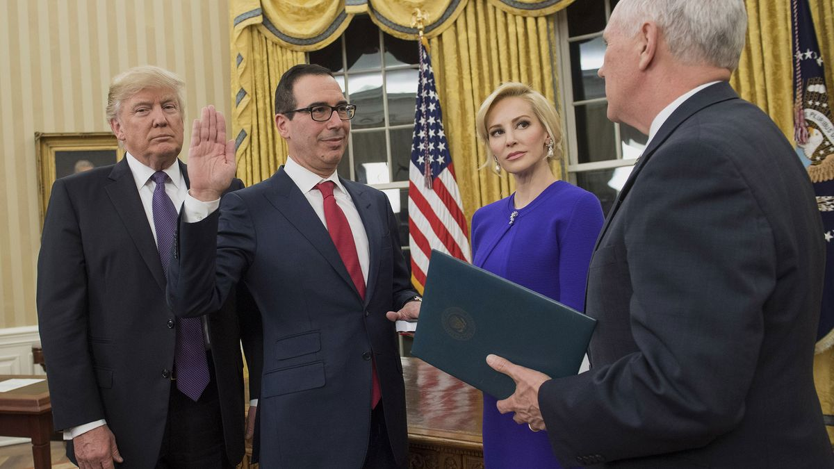 Mnuchin to Wed Fiancee With Trudeau's Finance Chief Among Guests
