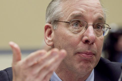 Dudley Sees Too High Joblessness as More Bond Buying Weighed