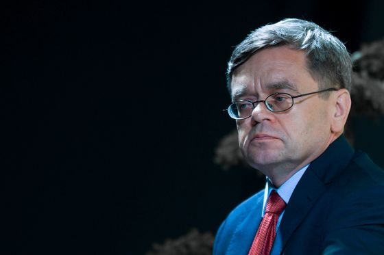 Biggest Polish Rate Hawk Says June Hike Needed to Stem Inflation