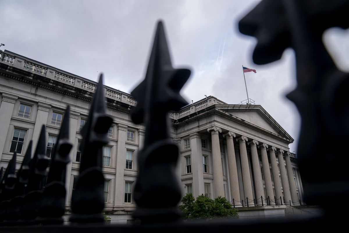 Treasury Traders Brace for Volatility With Debt-Limit Chaos Near