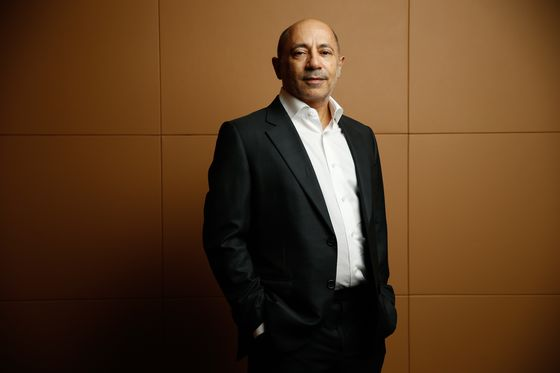 Alan Howard-Backed 10T Raises $750 Million for Debut Crypto Fund