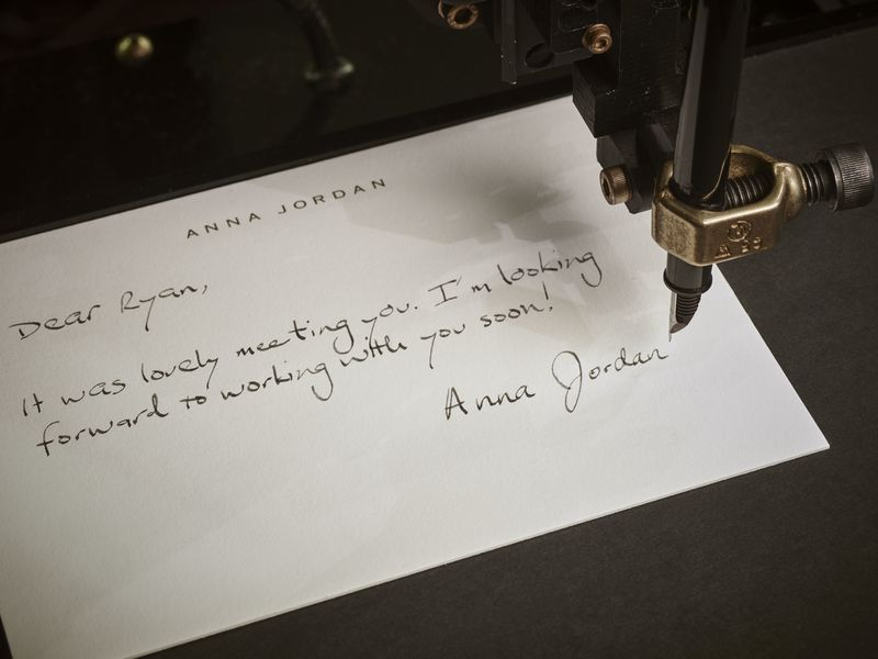 This Robot Will Handwrite Your Thank-You Notes - Bloomberg