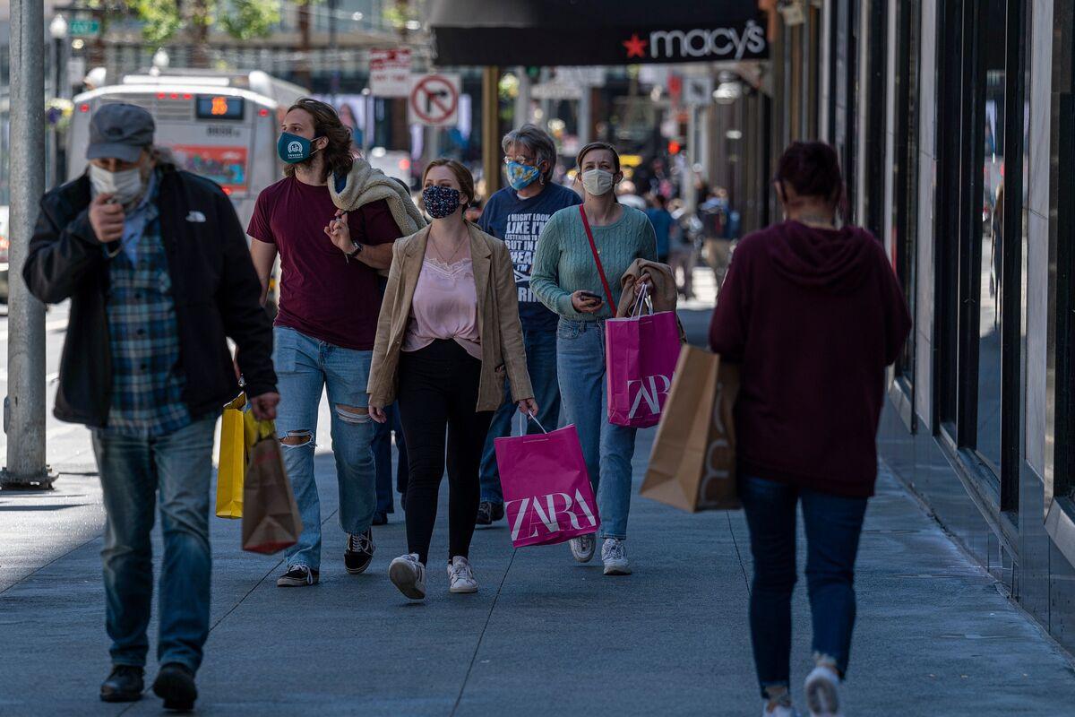 bloomberg.com - Katia Dmitrieva - 'Freak-Out' Factor Will Determine Delta's Impact on U.S. Economy