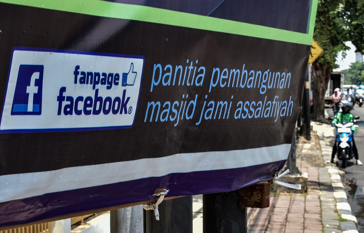 Emerging Markets Can't Quit Facebook