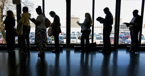 Nearly 2,400 Millionaire Households Collected 2009 Unemployment