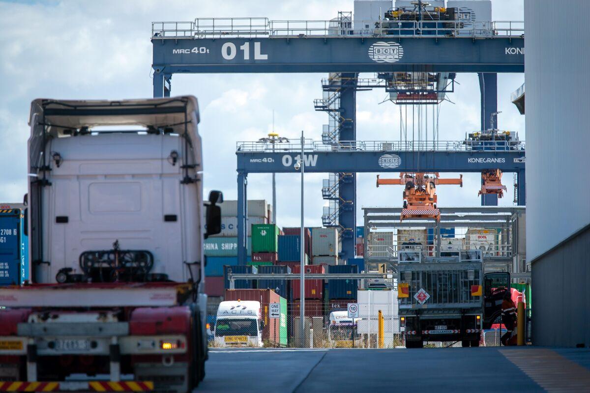 A World Awash in Subsidies Threatens New Tariff Wars
