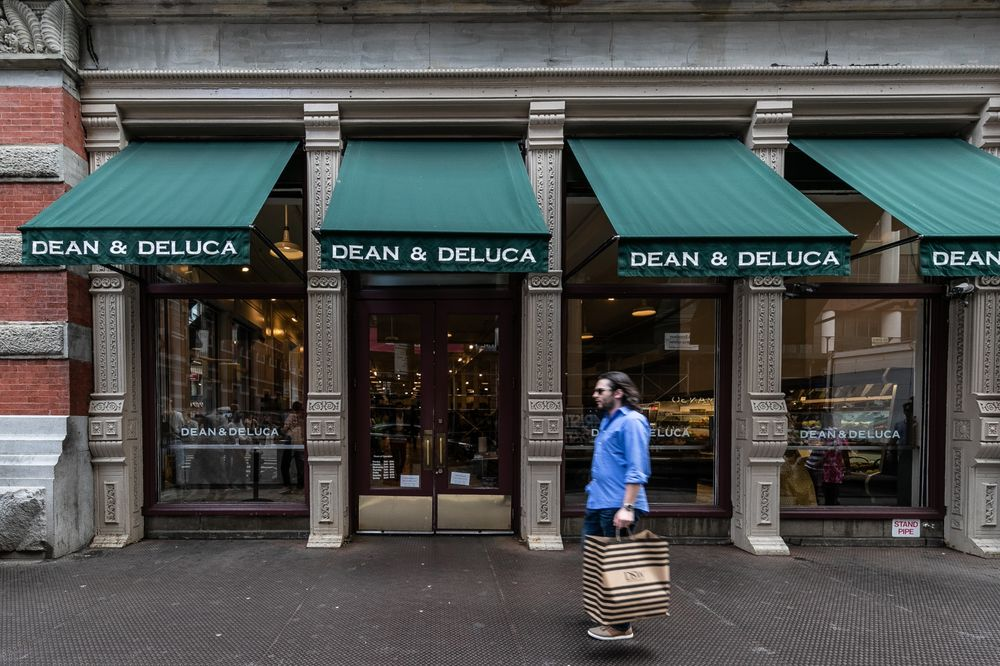 Deluca dean and