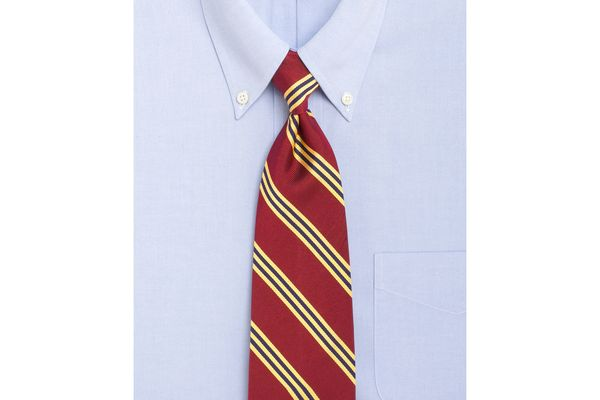 Sorry hipsters the skinny tie is over bloomberg tie widths bloomberg brooks brothers ccuart Image collections