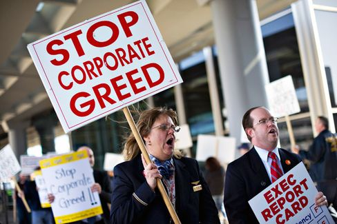 Behind the Worker Revolt at American Airlines