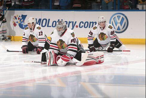 Blackhawks Start NHL Playoffs as Second-Favorite Behind Penguins