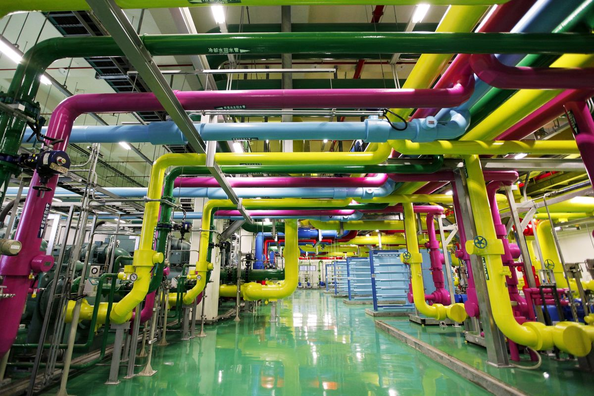 Energy Efficiency Is a Hot Problem for Big Tech's Data Centers