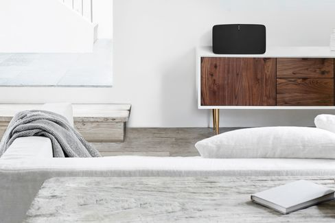 Not everyone can place their Sonos speakers in such an optimal position.