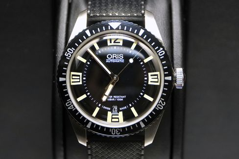 The Oris Diver Sixty-Five is the wrist-worn equivalent of tiki drinks on a speedboat.