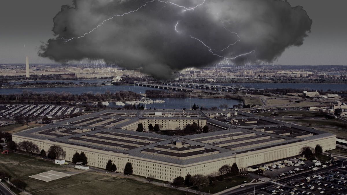 Inside the Nasty Battle to Stop Amazon From Winning the Pentagon's Cloud Contract