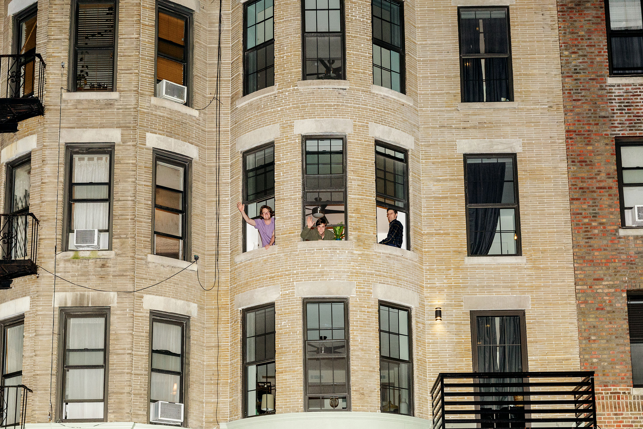 Brooklyn Startup Supplies The Apartment, Furniture, And Roommates    Bloomberg