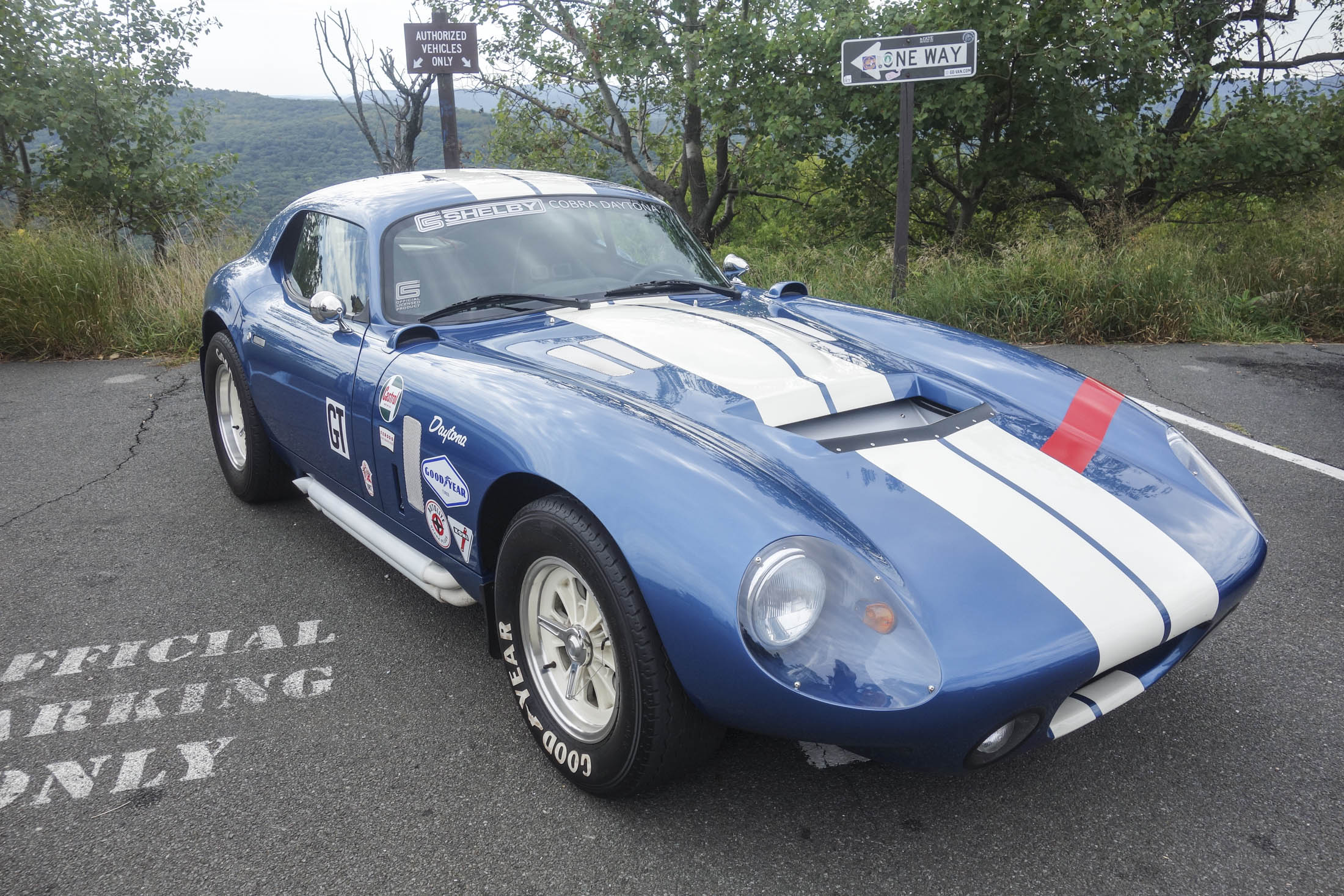 The Best Throwback: Superformance Shelby Coupe