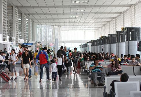 First Pacific May Bid for Manila Airport