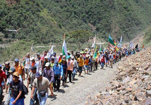 Indian Revolt Targets Morales Road Project
