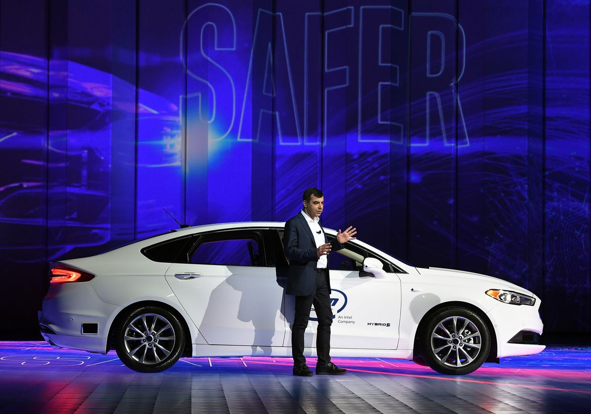 Mobileye Expects to See Self-Driving Cabs Hit the Road in 2020