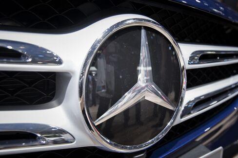 1470909057_Mercedes1