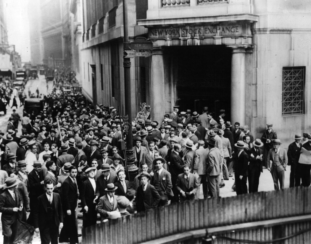 a view on the wall street crash of 1929 and the great depression of the united states The great depression was the world-wide economic slump which began in the us following the wall street crash of october 1929, and put hundreds of millions out of work across the capitalist world throughout the 1930s.