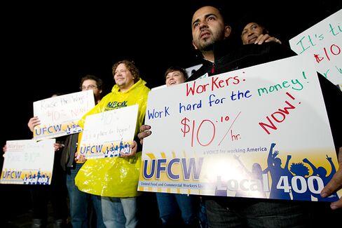 Obama Isn't Waiting for Congress on $10.10 Minimum Wage