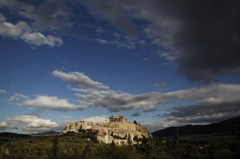Private Investors With 60% of Greek Bonds to Join Debt Swap