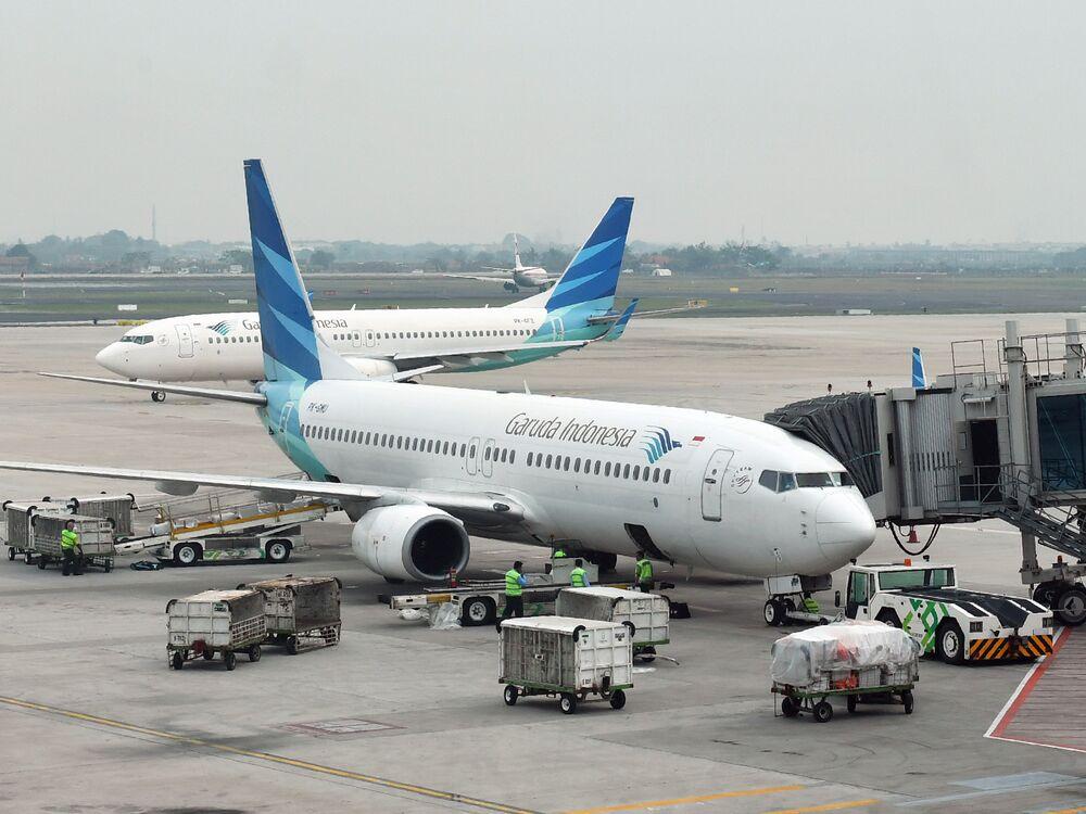Pt Garuda Indonesia Tells Airline Passengers No Photos Video Bloomberg