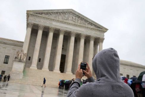 Supreme Court to Cops: 'Get a Warrant' for Cell Phone Searches