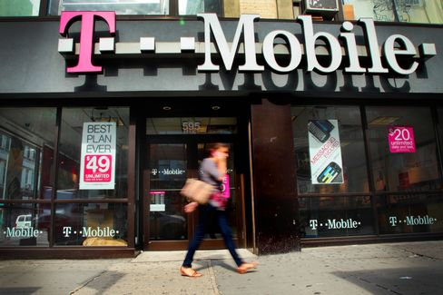 T-Mobile USA, MetroPCS Cut Rates on Unlimited Plans in Price War