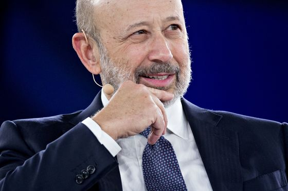 Goldman Gives Solomon, Blankfein Pay Packages With 1MDB Caveat