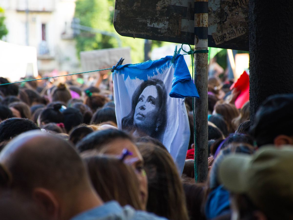Kirchner's Shock Move Seeks to Unify Argentina Opposition Bloc