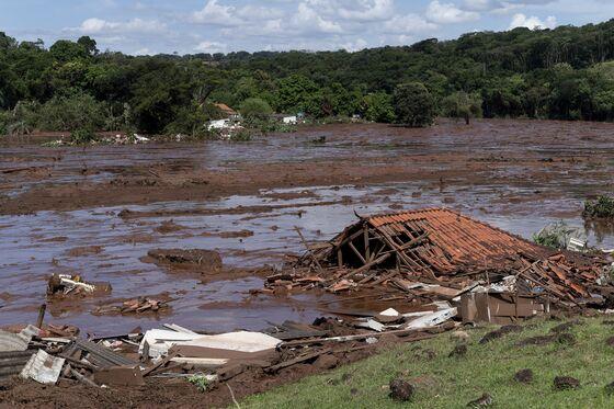 200 Missing as Vale Dam Breaks, Echoing 2015 Brazil Tragedy