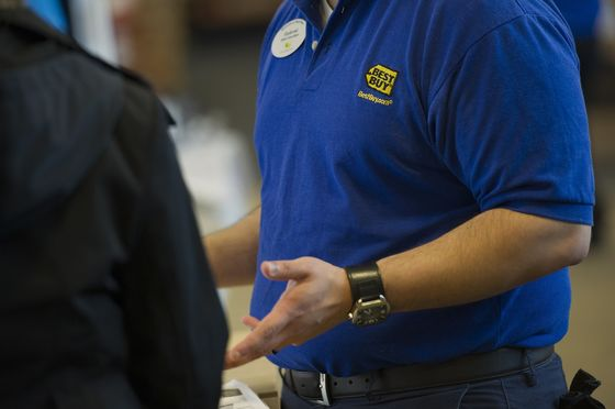 Best Buy Adopts Home-Delivery Plan That Flopped at Walmart