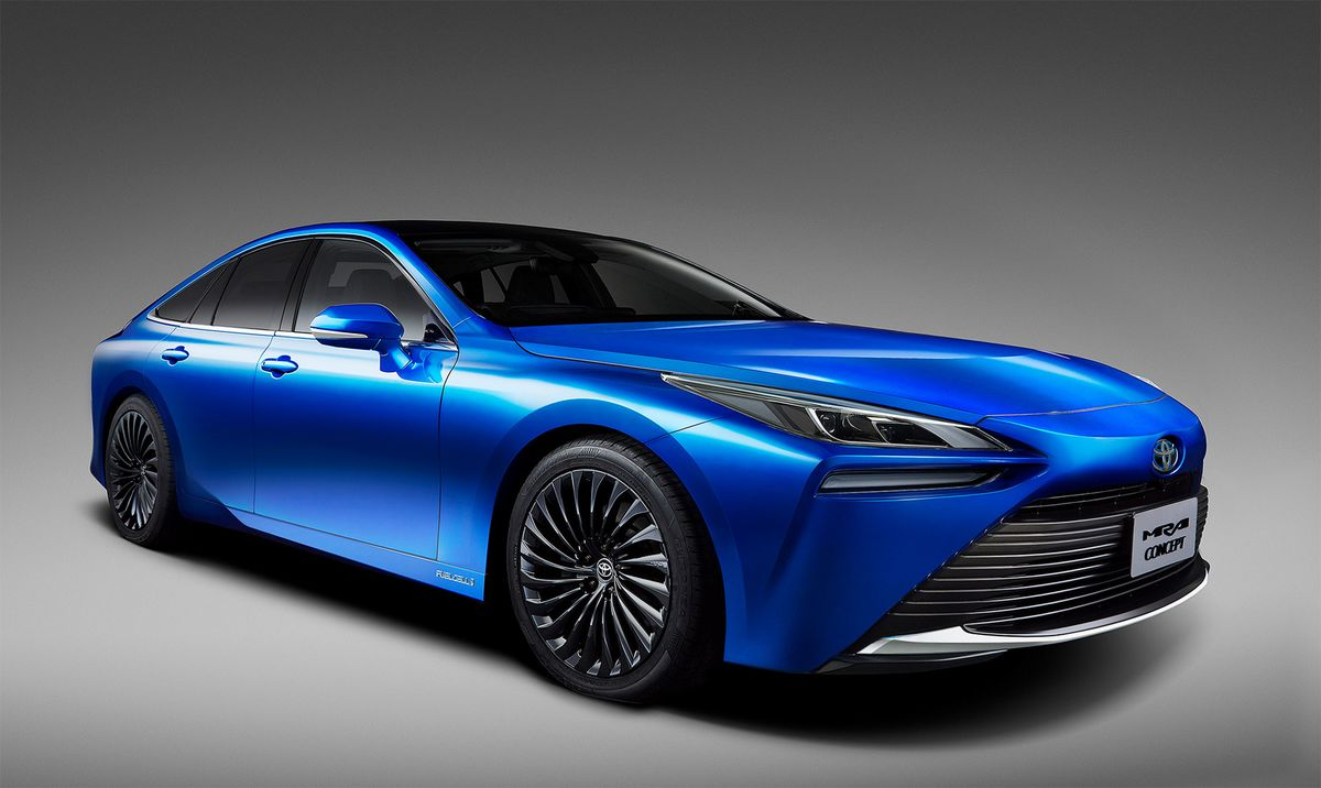 Toyota Plans 10-Fold Boost to Hydrogen Bet With Restyled Sedan