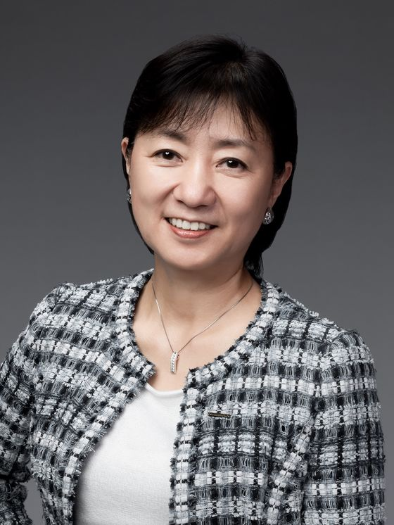 Nissan Seeks to Lead Japan Automakers With Female Manager Goal