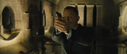 'Skyfall' Reclaims Top Spot With Ticket Sales of $11 Million