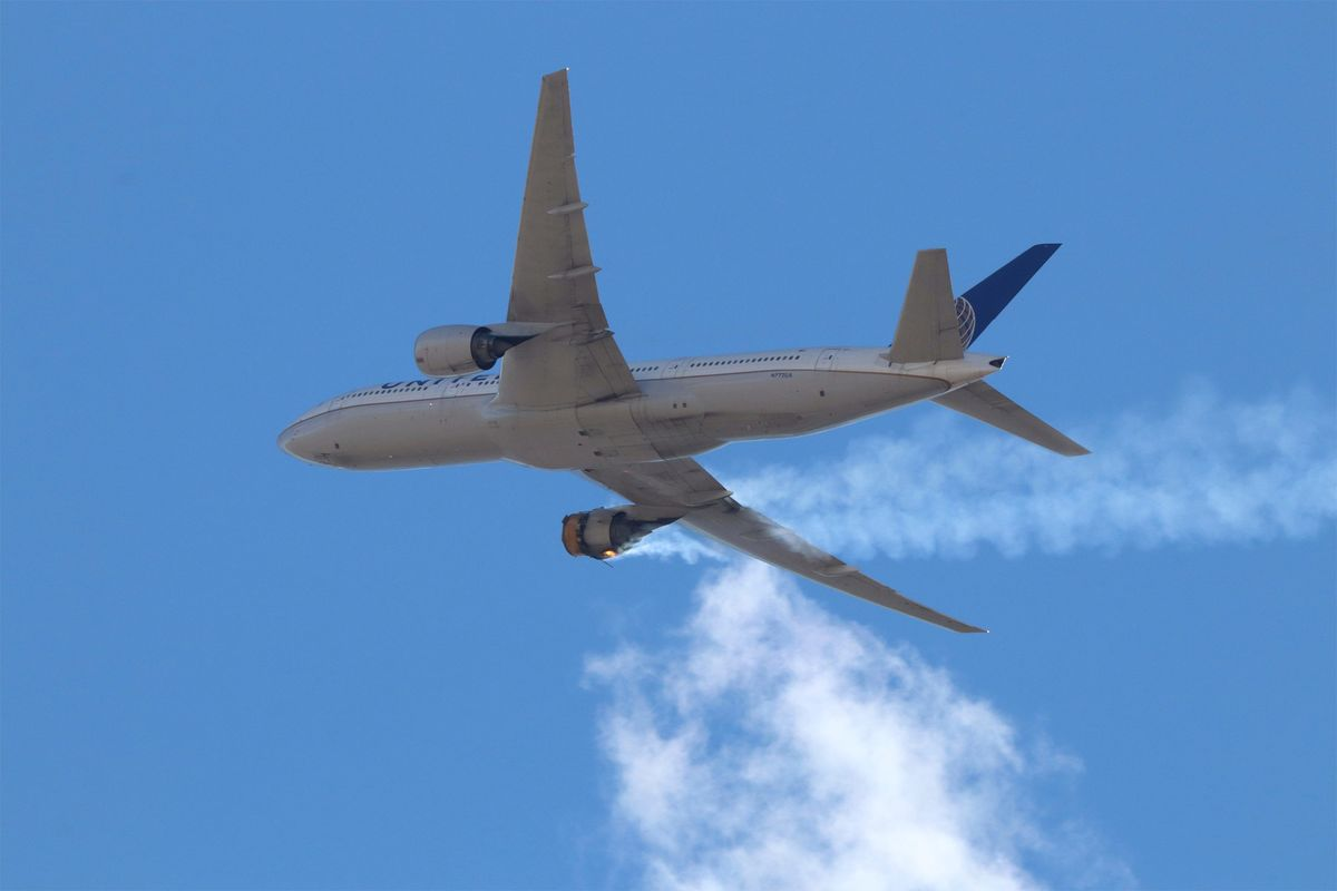 United Air Passengers Sue Over Terror From In-Flight Engine Fire