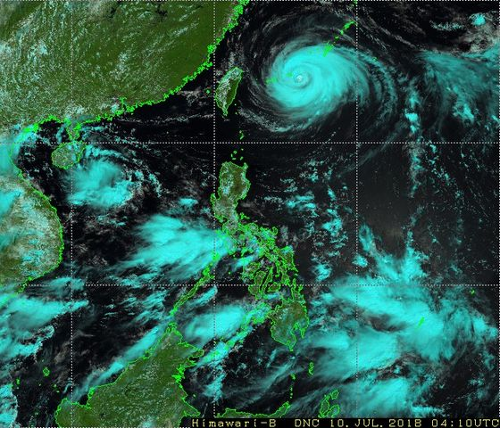 Airlines Cancel Over 250 Flights as Severe Typhoon Nears Taiwan