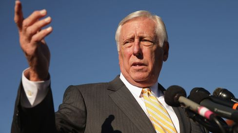 House Minority Whip Steny Hoyer (D-MD) joins veterans, servicemembers and aspiring recruits to call on Congress and President Barack Obama to move forward with immigration reform at the U.S. Capitol November 12, 2014 in Washington, DC. T