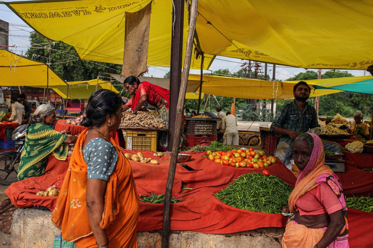 Food Inflation Hits Family Budgets, Menus From India to Nigeria