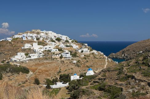 The town of Kastro, on Sifnos.